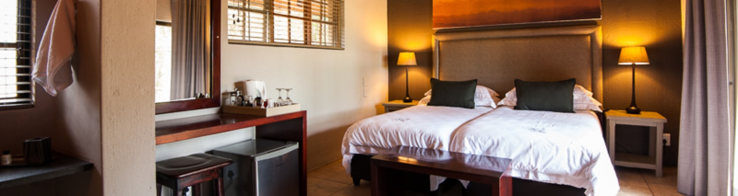 Luxury accommodation on safari at Indlovu River Lodge near Hoedspruit in Greater Kruger Park